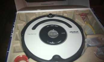 il Roomba nella scatola