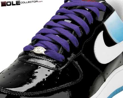 nike-air-force-1-playstation-sole-collector-04