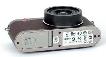 leica-x1-bmw-limited-edition-camera-2