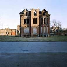 Abandoned houses (2)