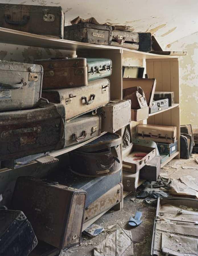 asylum-book-Bolivar-Suitcases