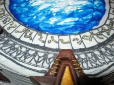 Stargate cake4