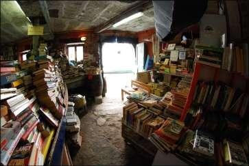 Libreria Acqua Alta 5