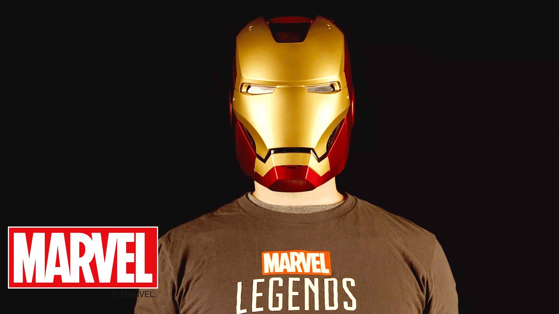 Marvel Legends Series il casco di Iron Man e lo scudo di