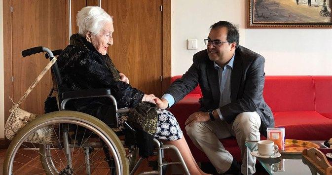 santiago-llorente-anciana-103-anos