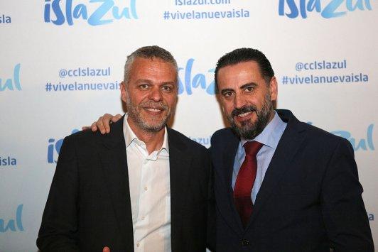 Andy Stalman con el director del CC Islazul, Florentino Fernández