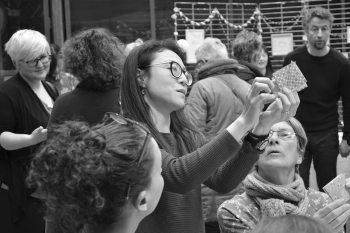 (c) Photo par Jean-Philippe Hemery | 19 mars 2017 | Un dimanche au Japon Konnichiwa 今日は L'Agence Inventive – compositeurs d'événements vous donne rendez-vous au Garage pour un dimanche exceptionnel ! Avec la complicité de Kanami et Naoko, nous avons imaginé une journée sous le signe du Japon avec une douzaine de présentations, ateliers, dégustation à découvrir et à partager.