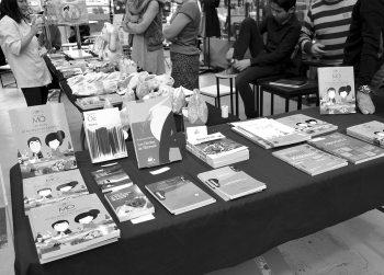 (c) Photo par Jean-Philippe Hemery   19 mars 2017   Un dimanche au Japon Konnichiwa 今日は L'Agence Inventive – compositeurs d'événements vous donne rendez-vous au Garage pour un dimanche exceptionnel ! Avec la complicité de Kanami et Naoko, nous avons imaginé une journée sous le signe du Japon avec une douzaine de présentations, ateliers, dégustation à découvrir et à partager.