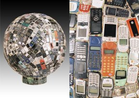 Rémy Tassou / e-Recollection is a Cybertrash exoplanet made of phones (90x90x90cm - 94kg)