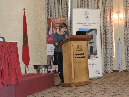 Catherine Therrien presenting