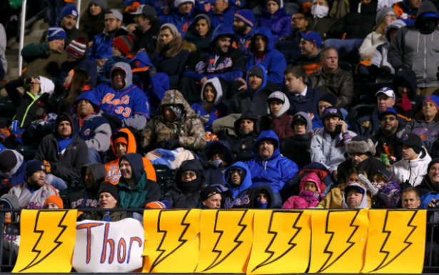 Thor Hammers Cubs