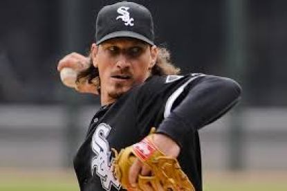 Jeff Samardzija signed with the San Francisco Giants in a 5 year, $90 million deal. (foxsports.com)