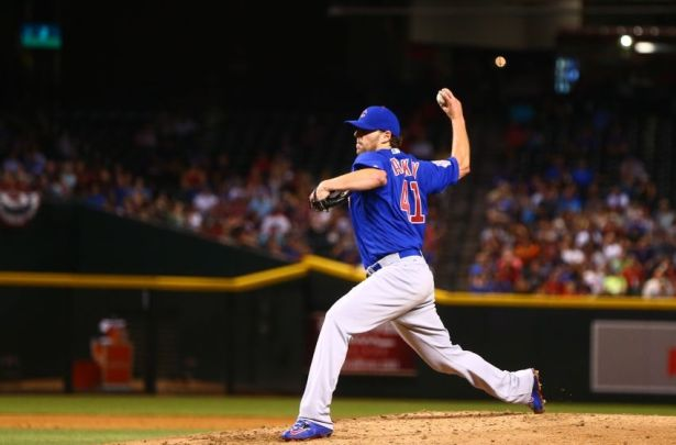 Now a member of the Chicago Cubs, John LAckey was dominant on Monday night against his former team the Cardinals. (Photo: cbssports.com)