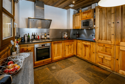 Kitchen area of Chalet For Sale in Nyon, Morzine
