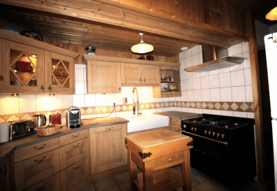 Kitchen area in Chalet for sale in Montriond