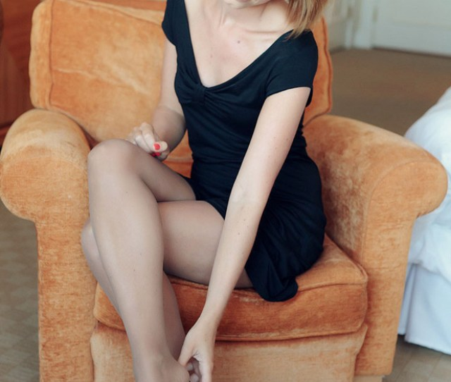 Gorgeous Legs In Soft Nylon