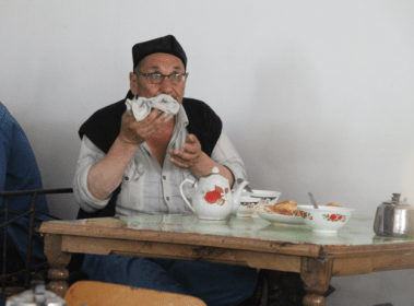 diner in Kyrgyz