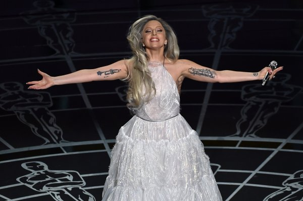 Lady Gaga to Star in American Horror Story Season 5