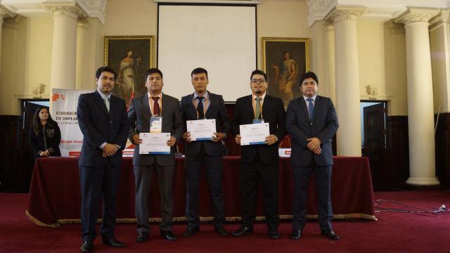 Equipo «Ultima Ratio» de la Universidad Privada Antenor Orrego de Trujillo.