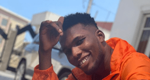 LYRICS: Victor AD – EMOJI