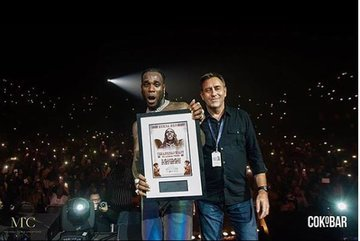 The self-acclaimed African Giant, Burna Boy has just made history, breaking yet another record ahead of Davido and Wizkid.