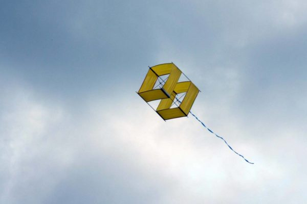 Объёмный коробчатый воздушный змей