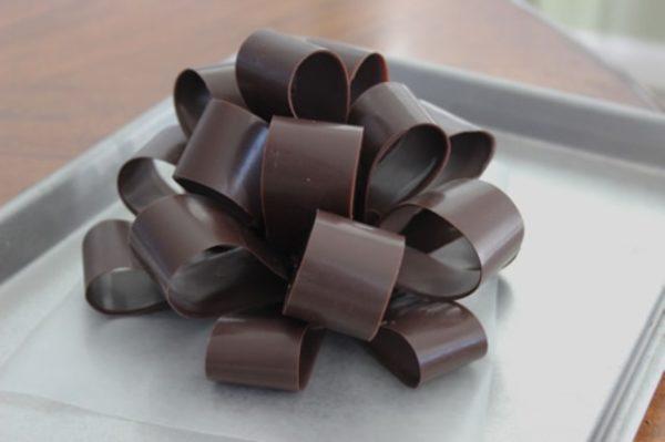 kész csokoládé íj