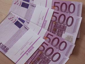 В аэропорту Рига у пассажира обнаружены 800 тысяч Евро