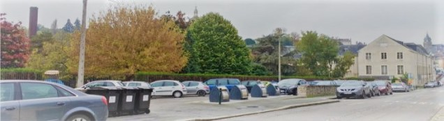 Le parking et le jardin Saint-Julien, à Laval