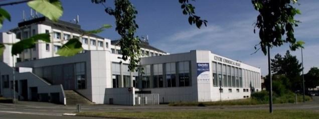 Le centre d'appels Coriolis installé en face de la cité administrative à l'entrée du quartier Saint Nicolas