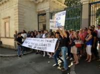 Des manifestants déterminés - photo leglob-journal