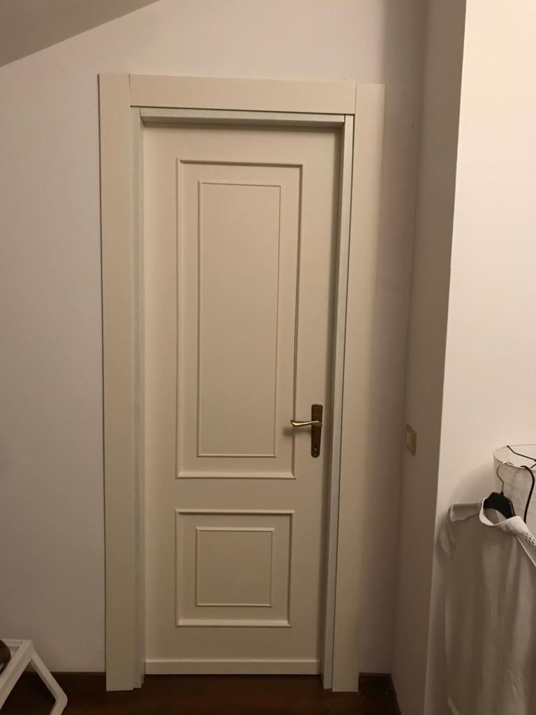 Come Sistemare Una Porta In Legno verniciatura porte-restauro serramenti ed infissi in legno