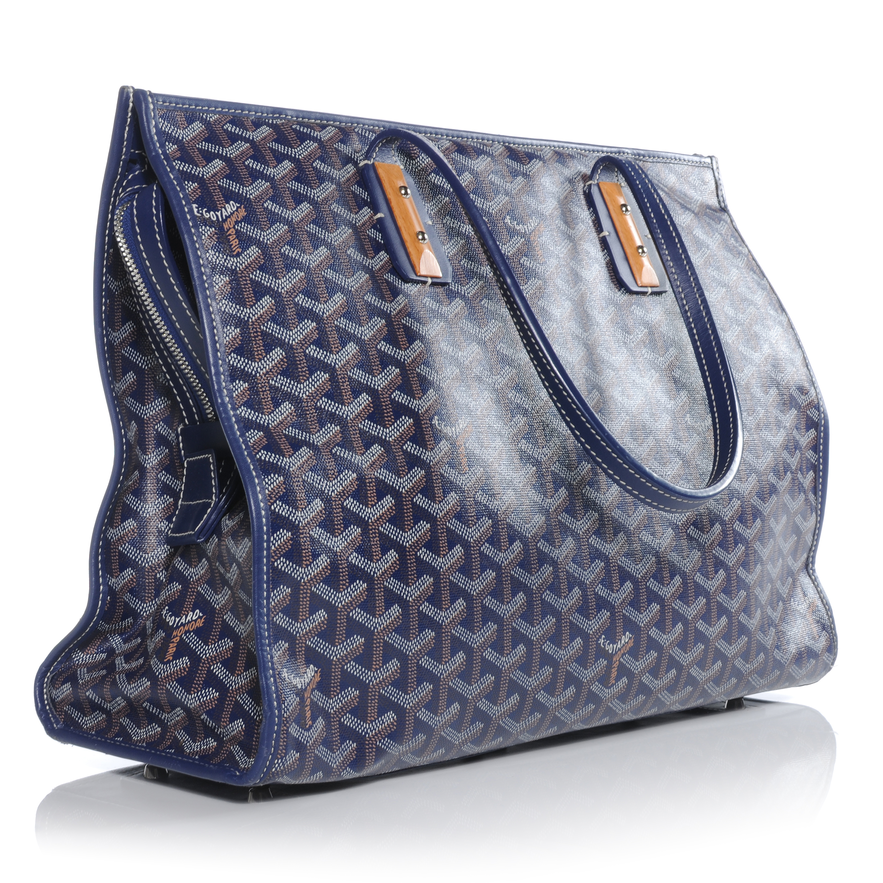 Top 3 Designer Bags That Double as a Diaper Bag 00e1f6d8b5222