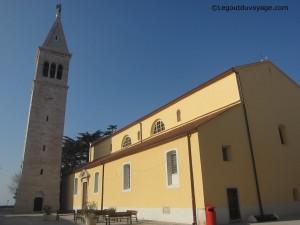 L'Eglise Saint Pelagius et Saint Maxime et le campanile - Novigrad