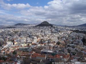 Mont Lycabette depuis l'Acropole - Athènes