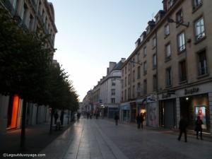 Rue commerçante Amiens