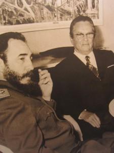 Tito et Fidel Castro