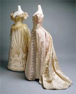 3screeshot-the-metropolitan-museum-of-art-evening-dress-1887-2855679_0x420 3