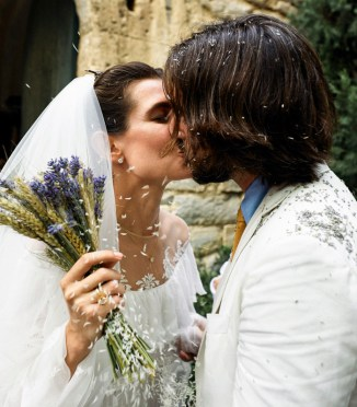 charlotte-casiraghi-dimitri-wedding-kiss-a