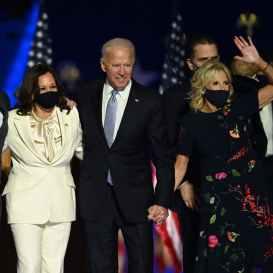 1604925224430684-Joe-Biden-Kamala-Harris-Jill-Biden-lofficielitalia