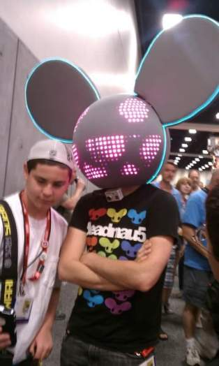 Deadmau5, is that really you (of course, it wasn't)?!