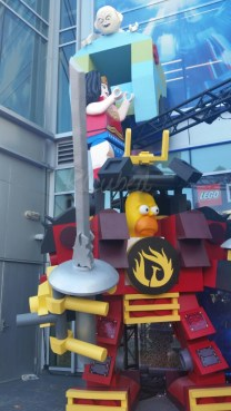 One of many LEGO statues scattered around downtown SD.