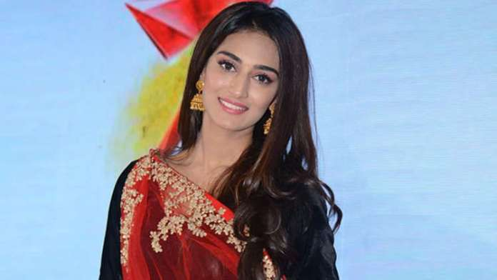 These Insta pictures prove that Erica Fernandes is a 'Fashion Stunner'