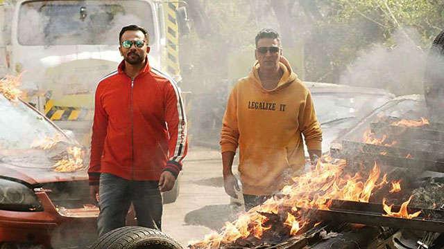 Rohit Shetty reveals 'Khiladi' Akshay Kumar often forgets his dialogues