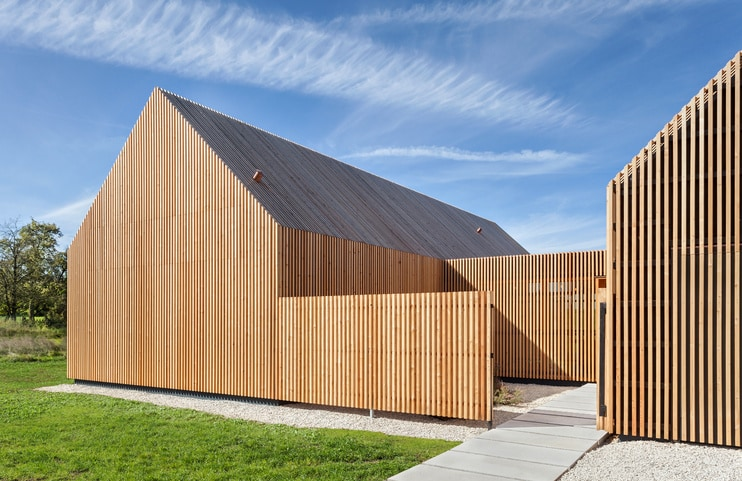 Timber House  Leibal