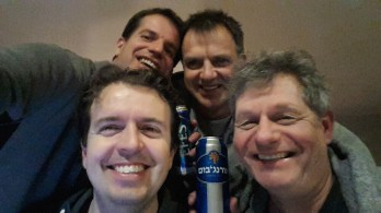 Selfie-Team-Dutch-Knights-after-arrival-in-Eilat-Martijn-Verdoes