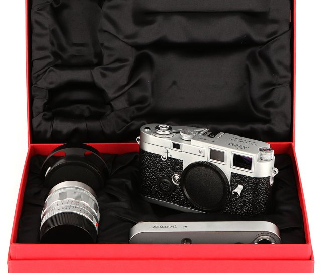 Lot 1035lr A Leica Mp3 Lhsa Special Edition Set 2005 Chrome Serial No 3026881 With Leitz Summilux M Asph F Mm Lens Body E Shutter Working