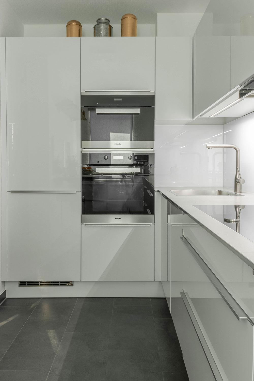 moderne k chen in u form nobilia musterk che nobilia lux. Black Bedroom Furniture Sets. Home Design Ideas