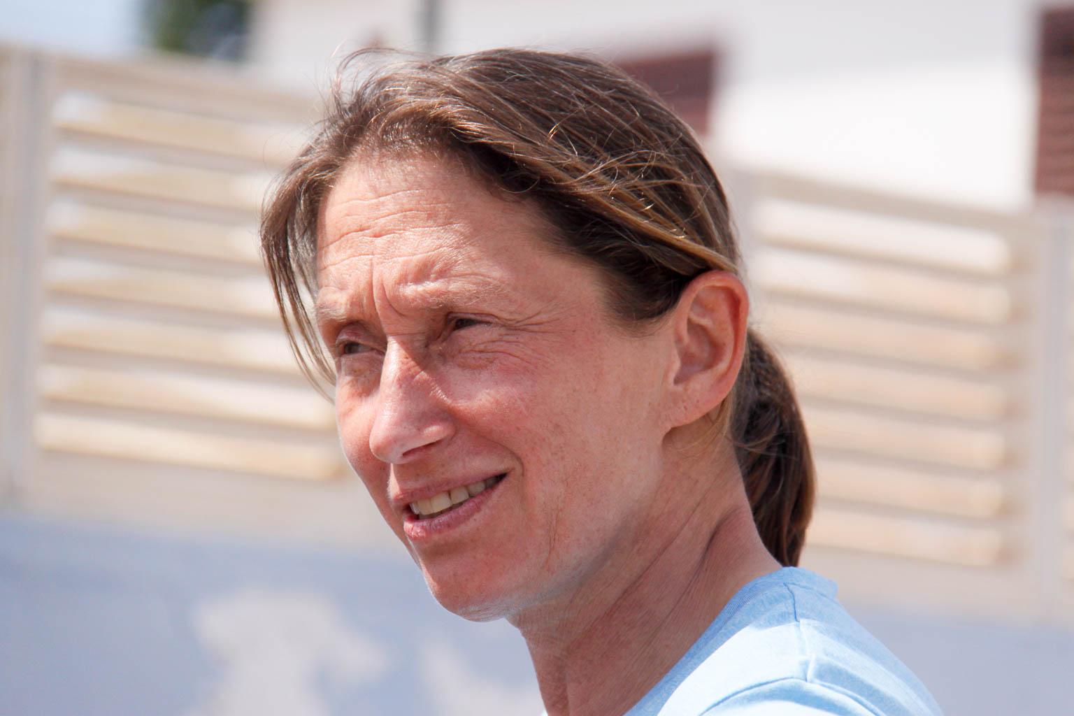 Claudia Tolksdorf springt bei den Deutschen knapp am Podium vorbei