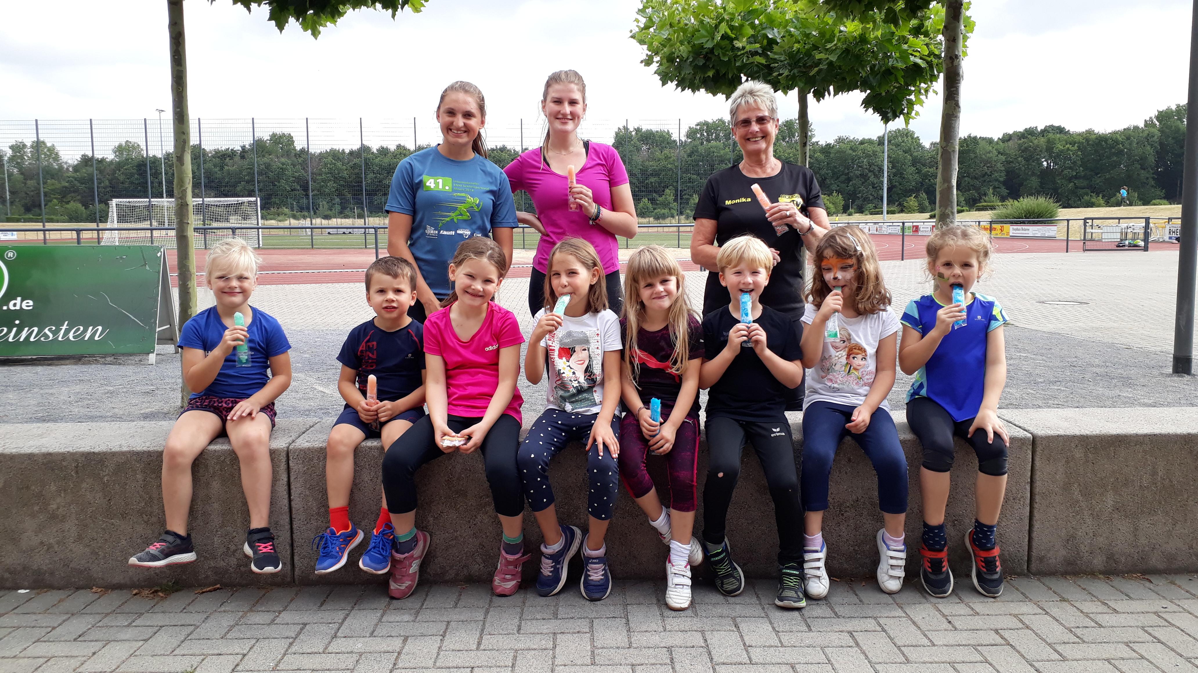 Schöne Ferien wünschen die Bambinis der Leichtathletik-Abteilung sowie das Trainer-Team.